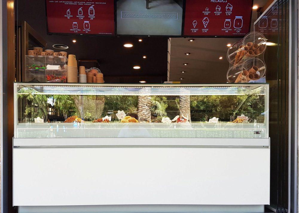 vitrina helado Raúl Asencio pastelerías